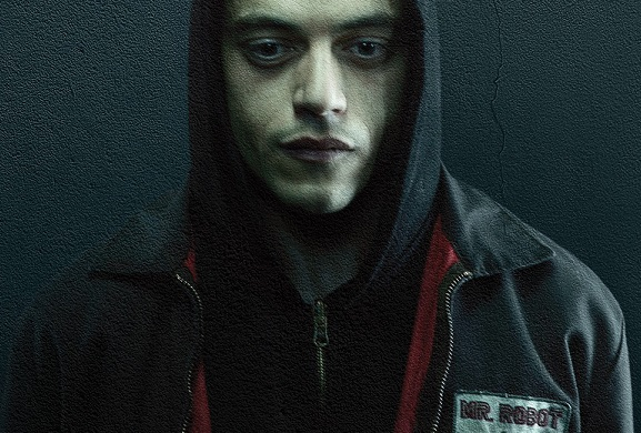 'MR. ROBOT' GOES TO A HACKER PARTY IN FIRST SEASON 3 PHOTO, PLUS NEW DETAILS