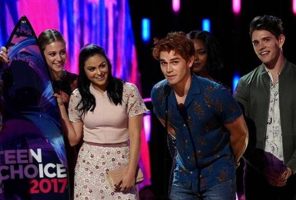 riverdale-teen-choice-awards-2017