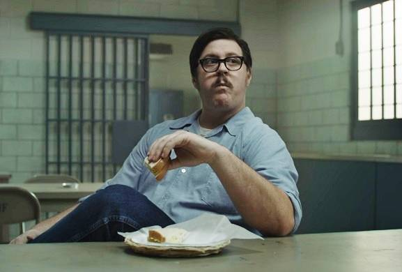 Mindhunter rings in Christmas with Ed Kemper eating an egg salad sandwich