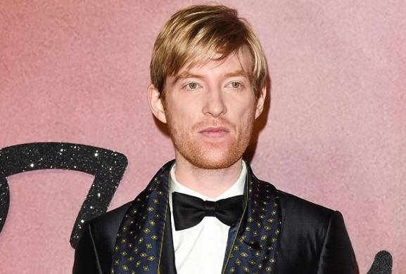 Domhnall Gleeson in Talks to Join Elisabeth Moss in New Line Crime Drama 'The Kitchen'