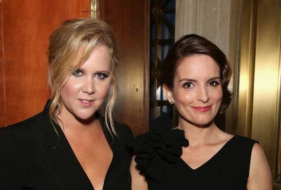 snl-tina-fey-hosting-season-43-finale-amy-schumer-may