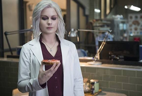 The CW Renews 'iZombie,' Orders 'Charmed' and 'Roswell' Reboots to Series