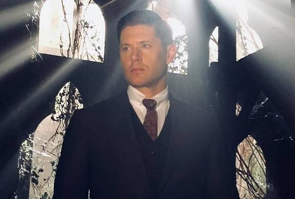 Supernatural Boss: 'It's Challenging to Write Episodes Without Dean'