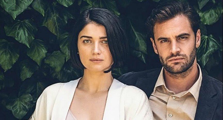 Netflix《三人要守密,兩人得死去》震驚反轉!導演談恐怖結局與第二季可能性