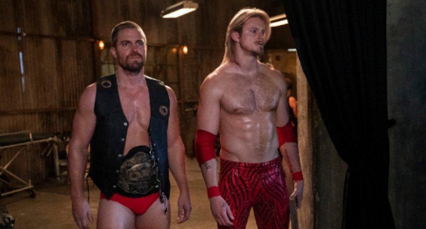 摔角美劇《Heels》首曝劇照!「綠箭俠」攜《維京傳奇》男星擂台對打