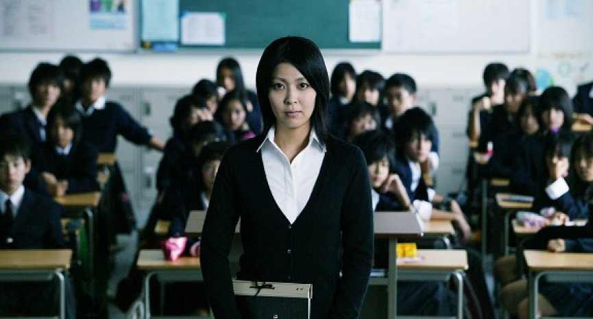 松隆子「狠狠教訓國中生」!經典日片《告白》重返台灣大銀幕