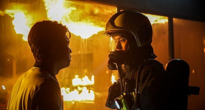 《火神的眼淚》全員陷火場危機!網友推測最終回「領便當」最高機率人選