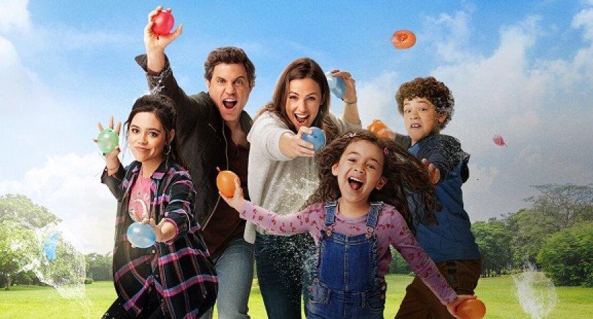 Netflix開發《有求必應日》續集!珍妮佛嘉納回歸主演製作