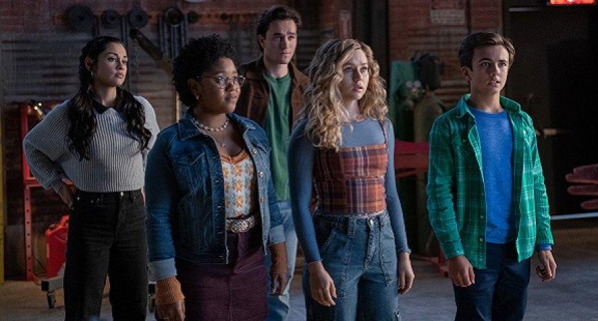 《逐星女》全新第二季與美同日首播!大反派「天蝕」登場