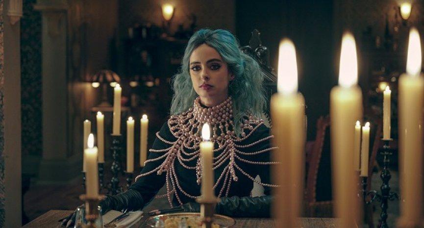 Netflix電影《夜讀驚魂》曝正式預告!「潔西卡瓊斯」化身邪惡女巫