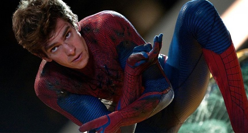 三代「蜘蛛人」同框《蜘蛛人:無家日》?安德魯加菲爾德驚爆「片場照後製過」
