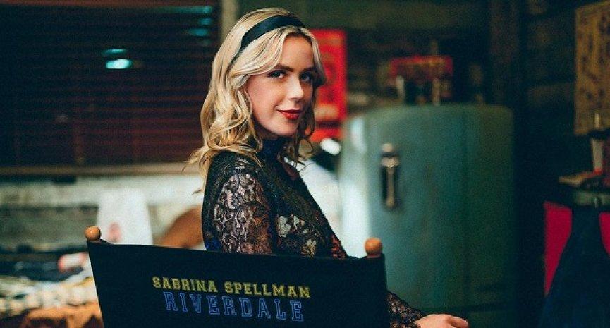 「莎賓娜」前進《河谷鎮》!琪蘭席普卡客串第六季再施巫術