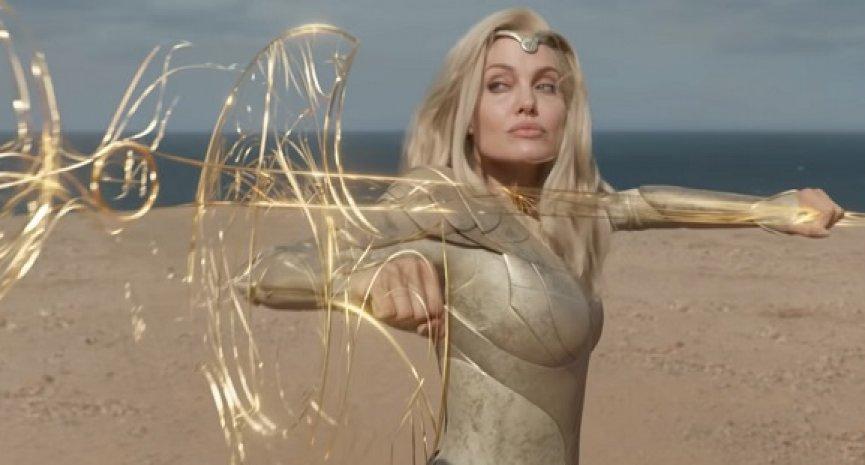 《永恆族》竟能零劇透!安潔莉娜裘莉自爆「拍完還是不太懂演什麼」