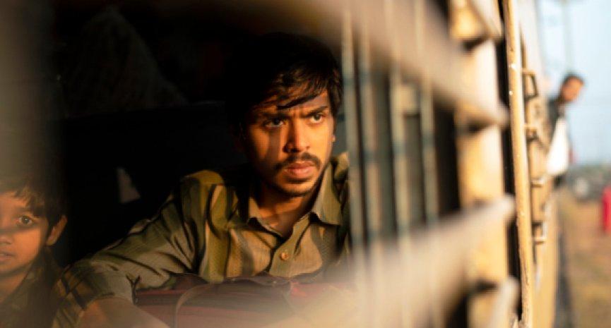 《白老虎》影評/印度版《寄生上流》 結尾20分鐘轉捩點夠精彩