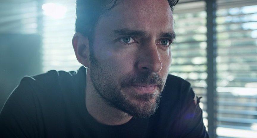 《誰殺了莎拉?》劇評/Netflix墨西哥復仇劇有驚喜 劇情曲折集集留謎團
