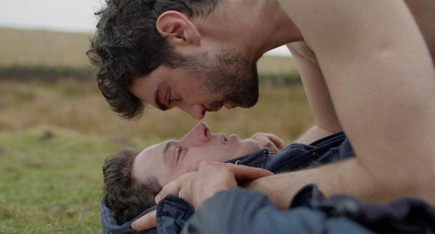 驕傲月同志電影專題:《春光之境》打破封閉,抵達愛的應許之地