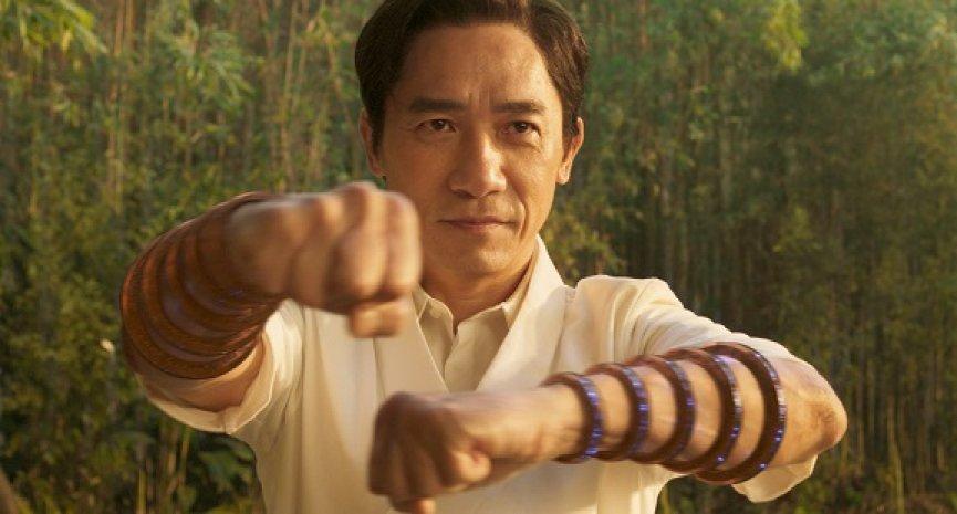 《尚氣與十環傳奇》8個伏筆!尚氣如何影響「漫威電影宇宙」、十環真正用途為何?